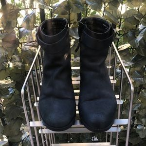 Cole Haan Black Leather Ankle Boots w/ Buckle 7.5